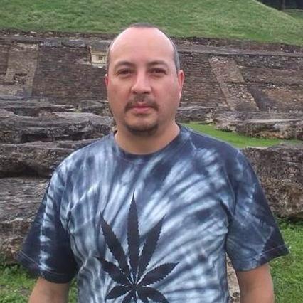 César Mx